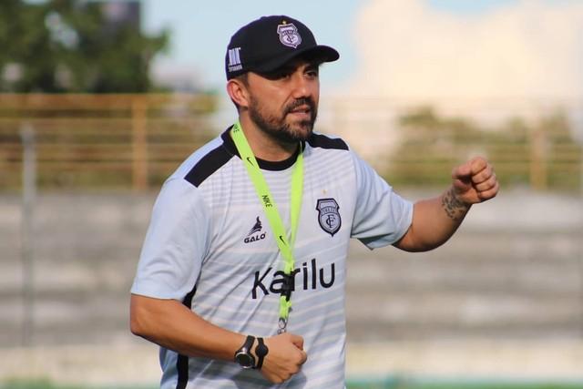 Treze confirma saída de Luizinho Lopes e efetiva Kleber Romero