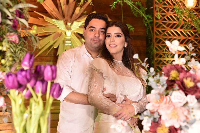MOÍDOS DA REDAÇÃO: Nasce a filha da prefeita Anna Lorena com o empresário Felipe Lago