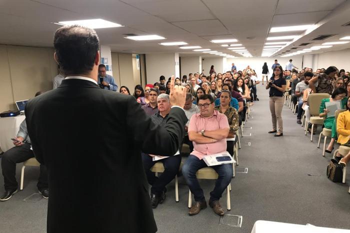 Prefeitos do Cariri conhecem experiências do 'Família Acolhedora' e destacam parceria com MPPB
