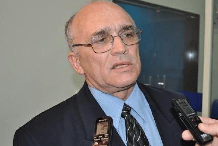 Ivanes Lacerda é eleito prefeito de Patos com 14 dos 17 votos