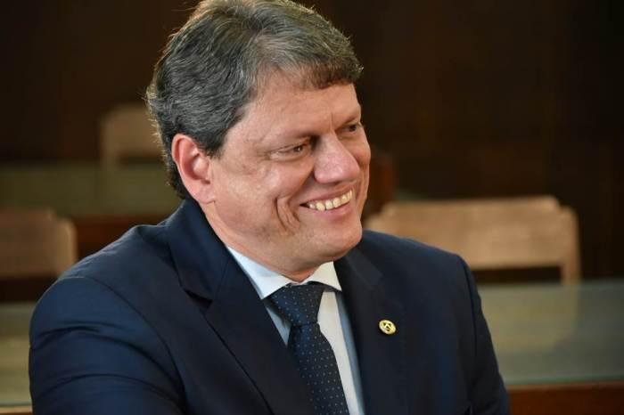 Brasil deve retomar grau de investimento em breve, diz ministro