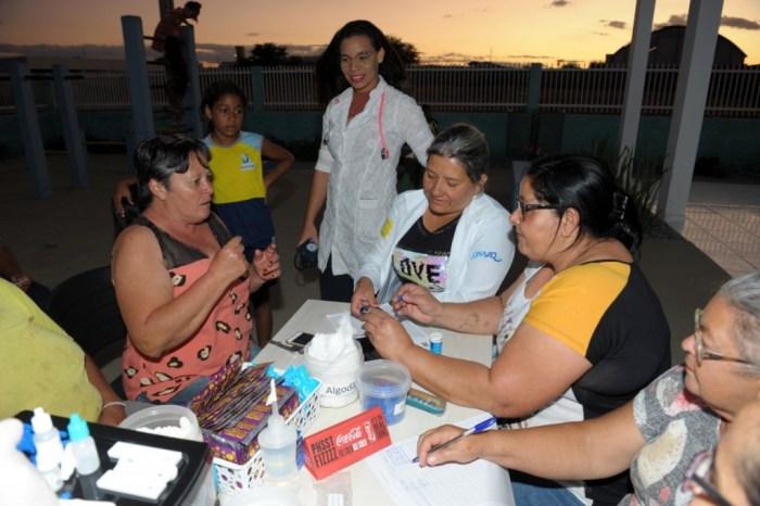 Equipe do NASF oferece atendimento na Academia da Saúde da Vila Santa Maria, em Monteiro