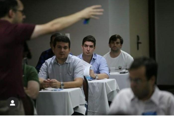 Pré-candidato a prefeito de Monteiro participa de capacitação promovida pelo PSDB