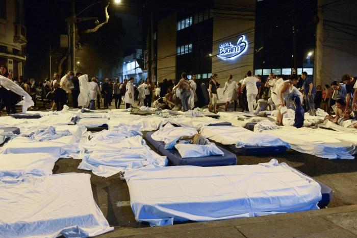 Incêndio em hospital particular no Rio mata 11 pacientes