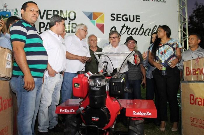 João Azevêdo abre 52ª Expofeira Paraíba Agronegócios