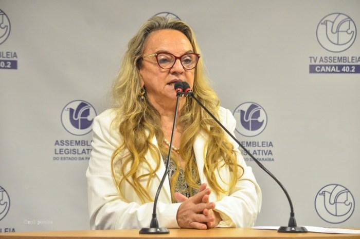 Deputada elogia João e não vê problema em aproximação com o governo