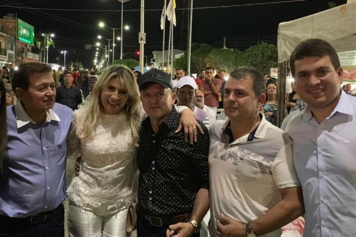 Candidato a prefeito de Monteiro pela oposição terá que ter DNA 100% da família Henrique