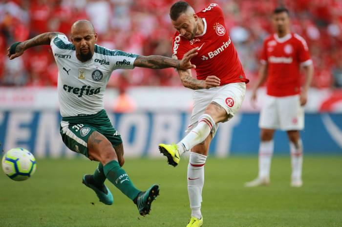 Palmeiras e Internacional empatam em Porto Alegre