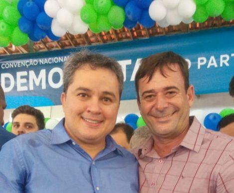 MOÍDOS DA REDAÇÃO: Vice-prefeito se filia no DEM para disputar prefeitura de Livramento