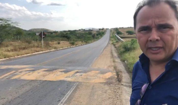 Manoel Ludgério pede que DER retire quebra-molas da PB-148, entre Boqueirão e Caturité