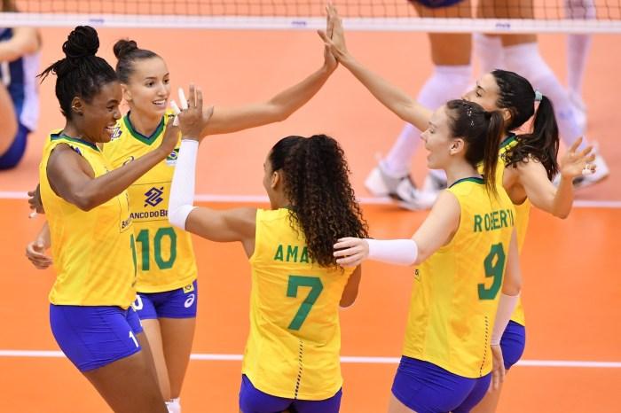 Vôlei do Brasil vence Argentina em dose dupla