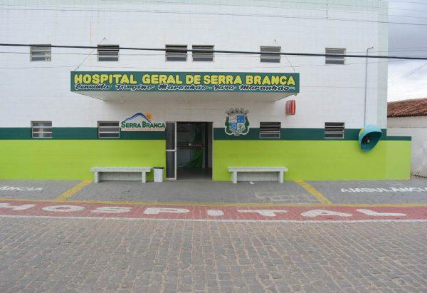 Em menos de 24hrs, dois jovens tentam suicídio e dão entrada no Hospital de Serra Branca