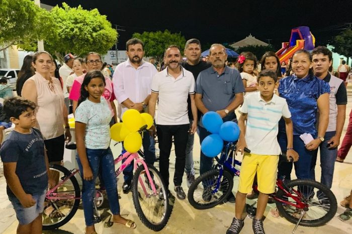 Prefeitura de São Sebastião do Umbuzeiro realiza festa para as crianças do município