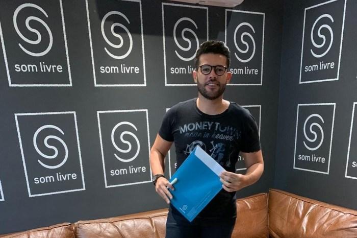 Cantor paraibano Ranniery Gomes assina com a gravadora Som Livre