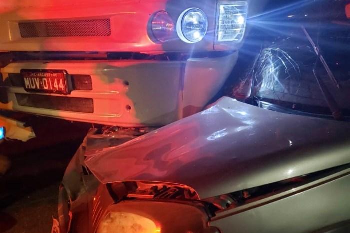Colisão entre carro e caminhão é registrada durante apagão em Monteiro