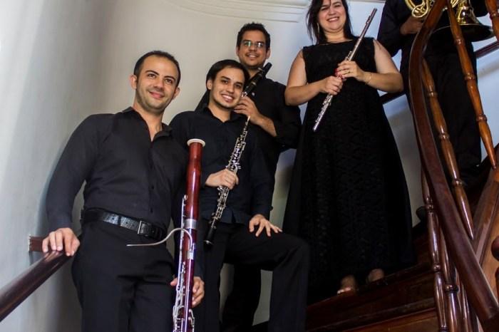Quinteto Anumará faz apresentação de estreia no Teatro Santa Roza