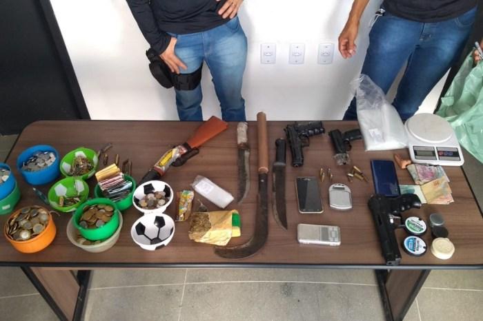 Operação cumpre mandados contra suspeitos de tráfico, roubos e homicídios