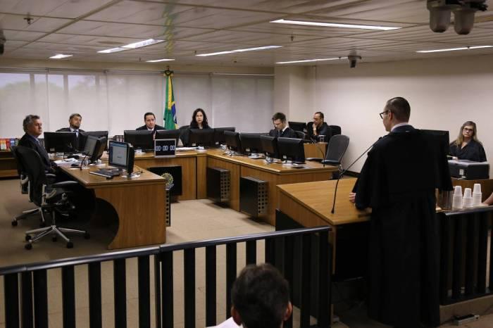 Tribunal eleva pressão sobre STF ao usar brecha para condenar Lula