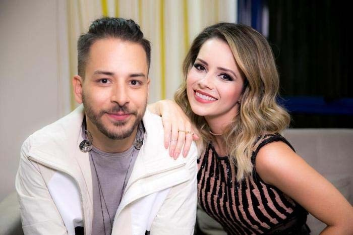 Dupla Sandy e Junior define último show na TV