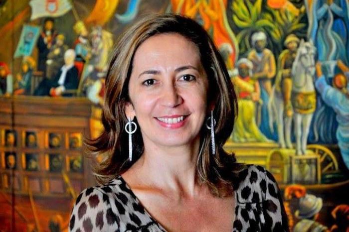 Festa Literária faz homenagem à professora Sandra Moura