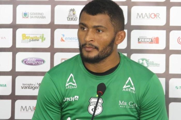 Goleiro Mauro Iguatu anuncia saída do Treze em rede social