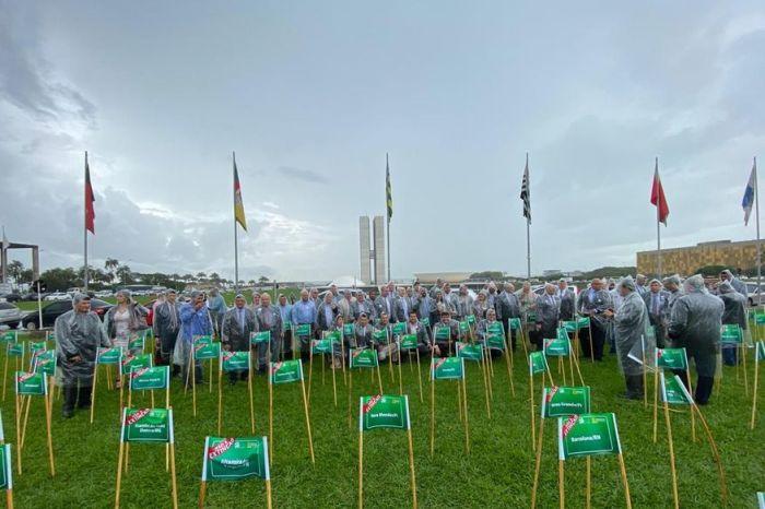 Famup vai à Brasília protestar contra a extinção de 68 municípios paraibanos