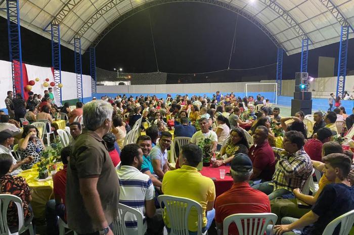 Prefeitura de Ouro Velho realiza confraternização para os funcionários municipais