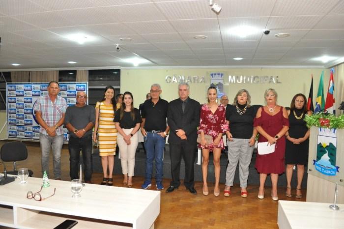 Câmara de Monteiro encerra ano legislativo com culto em agradecimento à recuperação de Raul Formiga