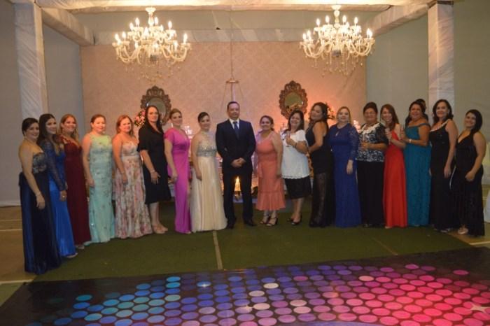 Prefeitura de Sumé promove Primeiro Baile de Debutantes e realiza sonho de 13 adolescentes