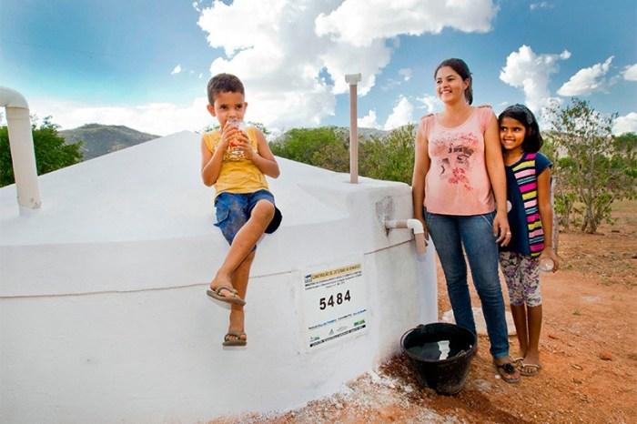 Anna Lorena fecha 2019 com mais de 12 milhões de litros d'água entregues às comunidades