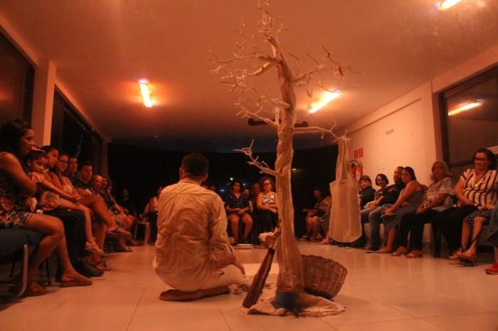 Teatro Santa Catarina apresenta o espetáculo 'Deus Te Faça Feliz'