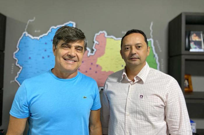 Prefeito Éden e Wellington Roberto anunciam construção de Escola e reforçam compromisso com a Educação