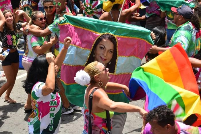 Escola Unidos do Roger é bicampeã do Carnaval Tradição