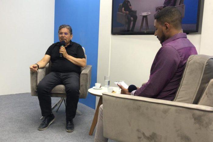 MOÍDOS DA REDAÇÃO: Adriano diz que Pocinhos precisa de gestor que faça obras e cuide das pessoas