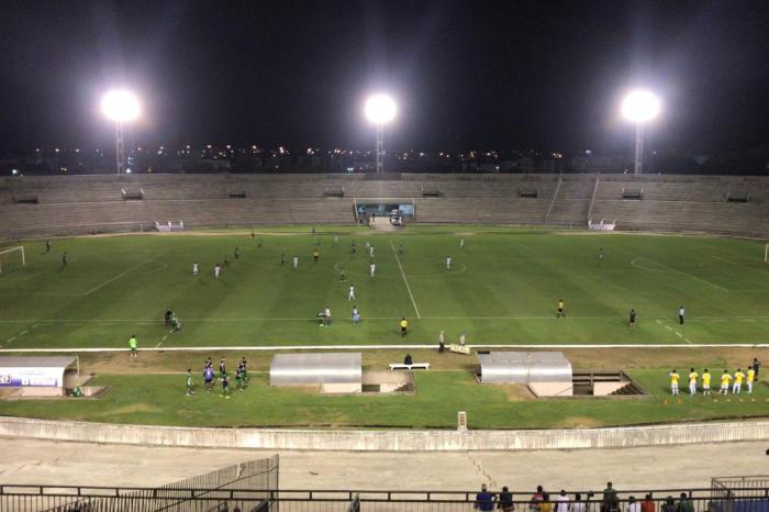 CSP recebe o Botafogo-PB em partida isolada no sábado de carnaval