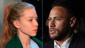 """Um ano após acusação, Najila Trindade ataca Neymar: """"Pinscher"""""""