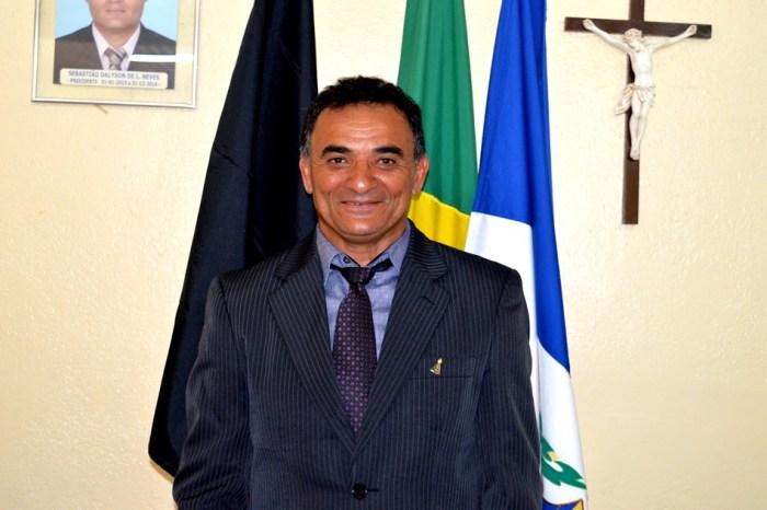MOÍDOS DA REDAÇÃO: Presidente da Câmara de Zabelê protesta por falta de realização de concurso no município