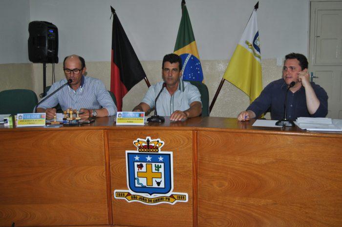 Vereador aliado do governo apresenta voto de repúdio contra presidente da Cagepa em São João do Cariri