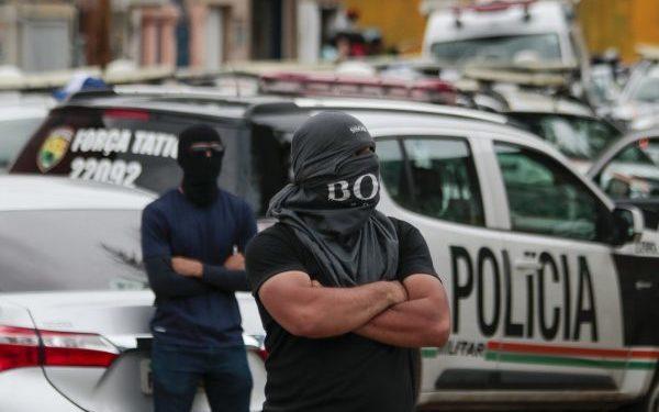 Policiais encerram motim no Ceará depois de 13 dias