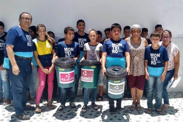 Em Monteiro: Escola Municipal Maria do Socorro Aragão inicia Projeto Reciclar
