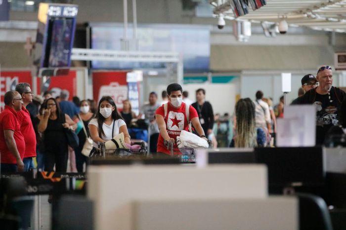 MS confirma 121 casos de Cov-2 no Brasil, 72% deles em SP e no RJ