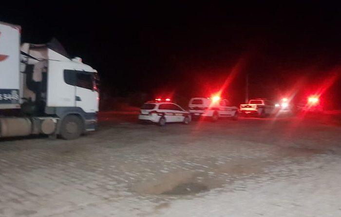 Polícia Militar recupera no Cariri carreta carregada com leite em pó que havia sido furtada
