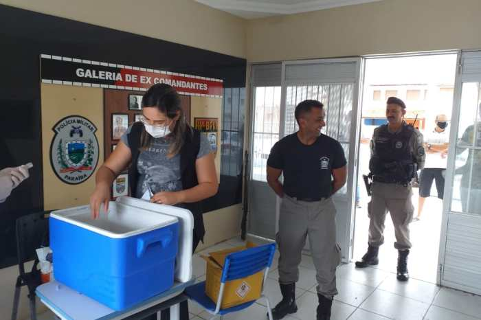 Policiais do 11° Batalhão recebem vacinas contra influenza na segunda etapa da campanha