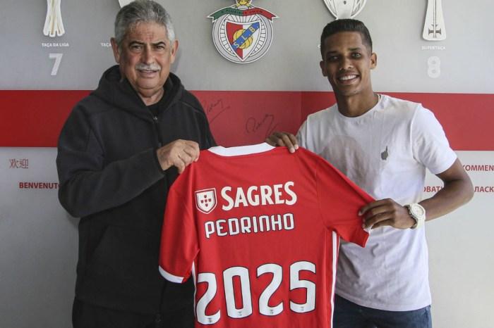 Corinthians negocia pra antecipar valor da venda de Pedrinho