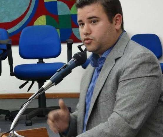 MOÍDOS DA REDAÇÃO: Vereador Juan Pereira lança pré-candidatura a prefeito de Sumé