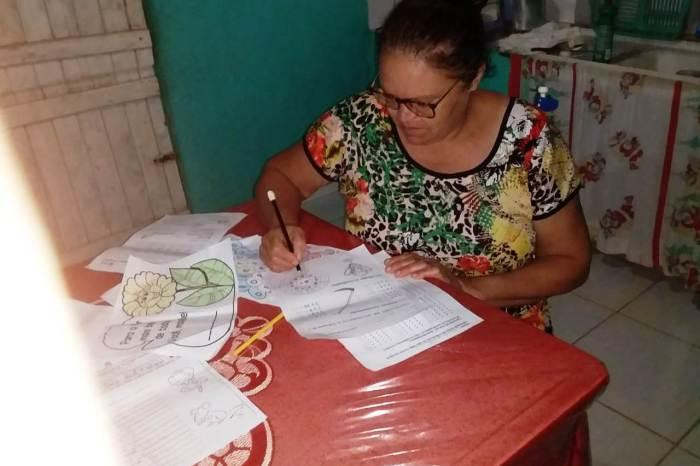 Oportunidade de Aprender: Alunos do EJA nas comunidades rurais de Monteiro participam de ensino remoto