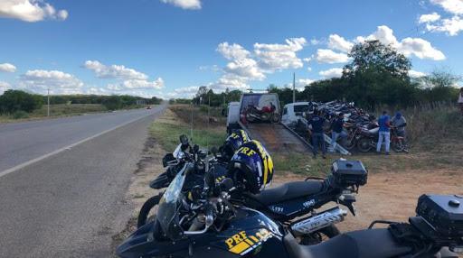 NO CARIRI: Motocicleta roubada há mais de 3 anos é recuperada em abordagem pela PRF