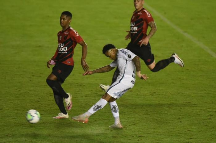 Copa Libertadores reinicia com dois times brasileiros em campo