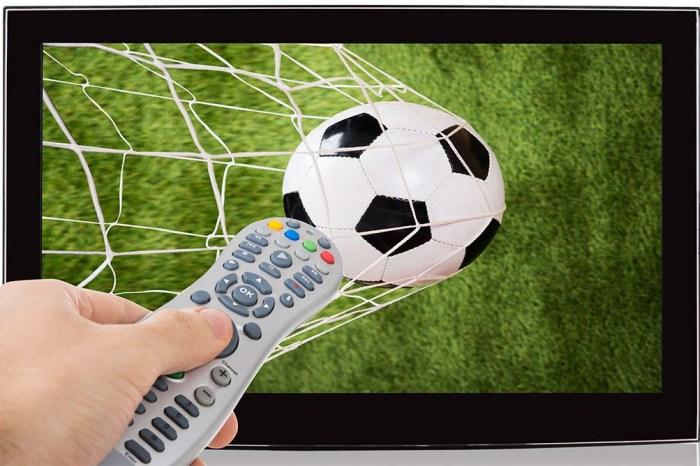 Por que TVs estão programando jogos do Brasileiro para o domingo à noite