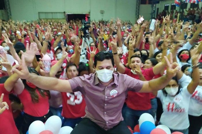 PRATA: Convenção homologa pré candidaturas de Genivaldo e Toinho de Bebé
